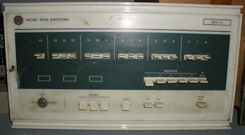 Varian Data Machines 620/L front panel